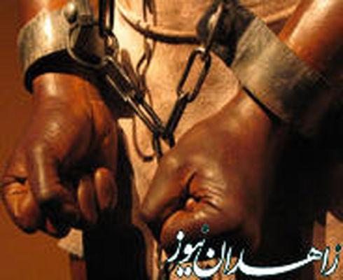ارباب ظالم، غلامش را با سیم داغ به قتل رساند!+ تصاویر