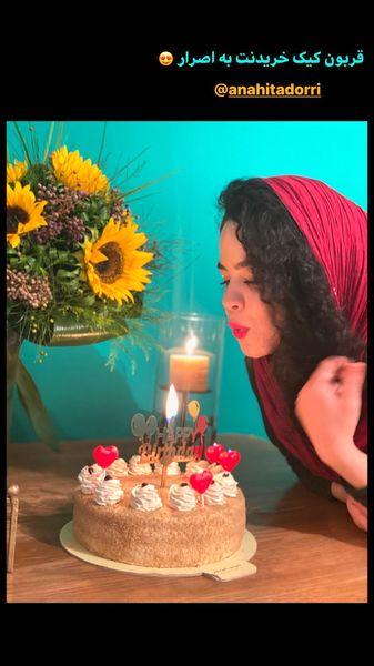 تولد ساده ملیکا شریفی نیا + عکس