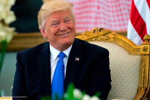 ترامپ از سعودی تشکر کرد/ از نفت ۵۴ دلاری لذت ببرید