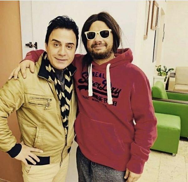 علی صادقی در کنار برنامه ساز مشهور کودکان + عکس