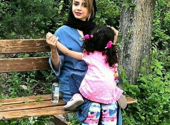 بازی شبنم قلی خانی و دخترش در پارک+عکس