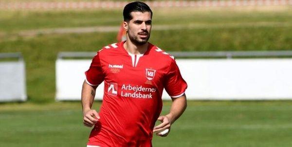 عزت اللهی در ترکیب اصلی وایله در لیگ فوتبال دانمارک