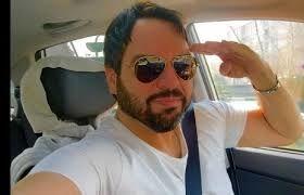 شهرام قائدی در ماشین شخصیش + عکس