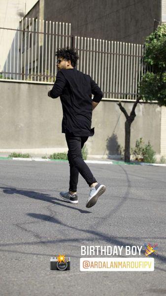 دویدن مهرداد صدیقیان وسط خیابان + عکس