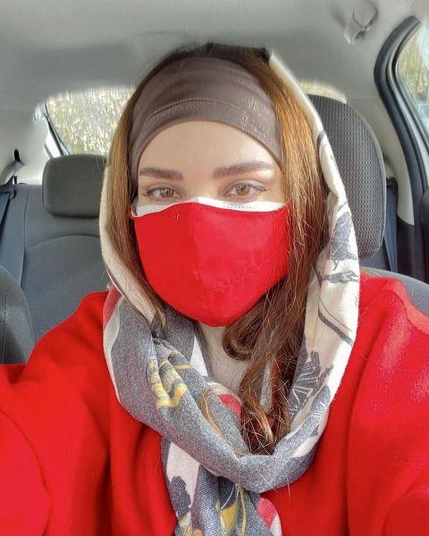 استایل جدید بهنوش طباطبایی با ماسک + عکس