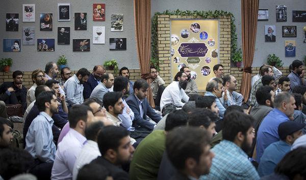 فیاض: انقلاب اسلامی در حال تبدیل به یک انقلاب اجتماعی است