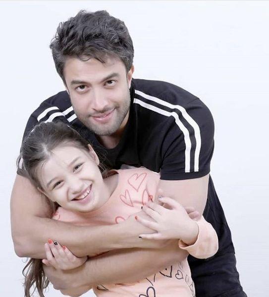 عاشقانه های بنیامین و دخترش بارانا + عکس