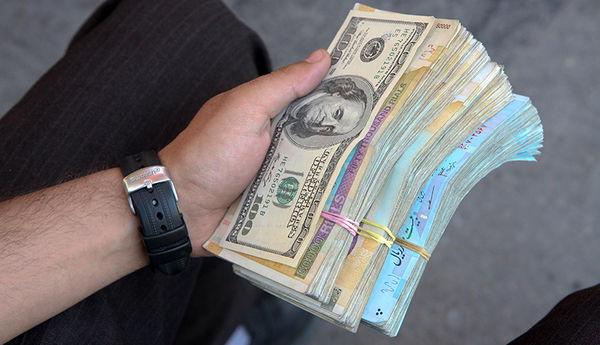 بازی خطرناک بانک مرکزی با نرخ ارز