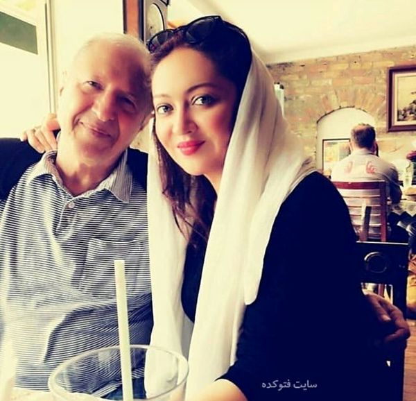 رستوران گردی نیکی کریمی و پدرش+عکس