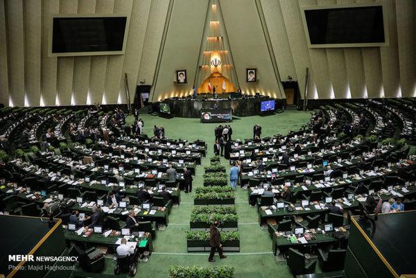 درخواست ۱۱۰ نماینده مجلس برای تامین ارز آبشیرینکنها