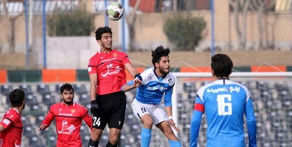 برتری یک نیمه ای پیکان مقابل استقلال خوزستان