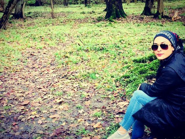 خانم بازیگر جوان در دل طبیعت زیبا + عکس