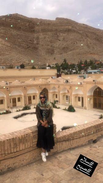 شبنم قلی خانی در هتلی صحرایی + عکس