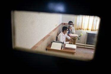 ورود دانش آموزان نابینا به کلاس های درسی در مدرسه ویژه نابینایان شهید محبی تهران