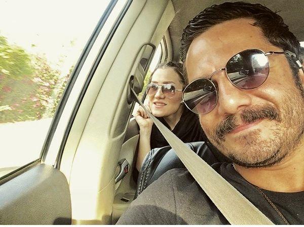 سلفی عباس غزالی با همسرش + عکس