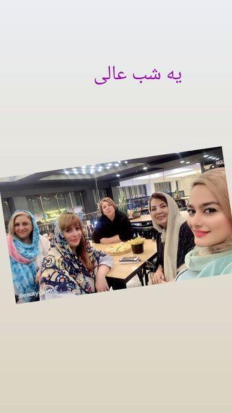 رستوران گردی زهره حمیدی با دوستانش + عکس