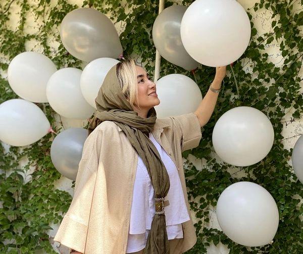 تولد ساده و شیک بهاره افشاری + عکس