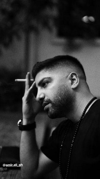 سیگار کشیدن زانیار خسروی + عکس
