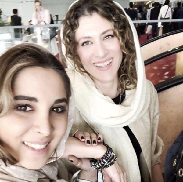سلفی ویشکا آسایش با دوستش + عکس