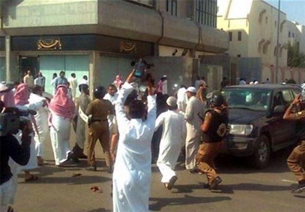 جرقه اعتراض شهروندان سعودی علیه حکومت آل سعود