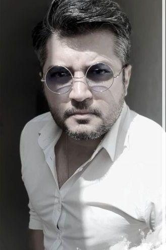 پندار اکبری با عینک ویژه اش+عکس