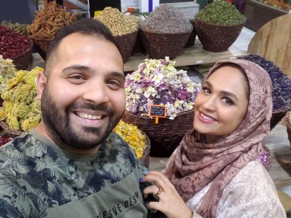 خانم مجری و همسرش در عطاری + عکس