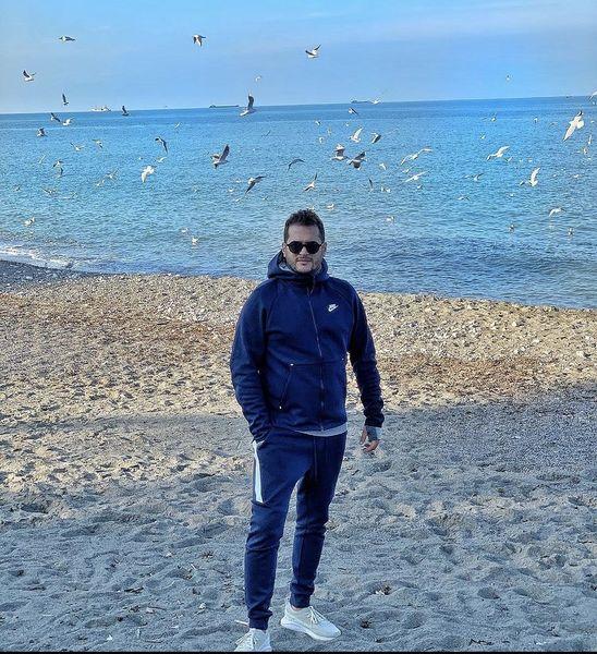 حال خوب سیاوش خیرابی در کنار دریا + عکس