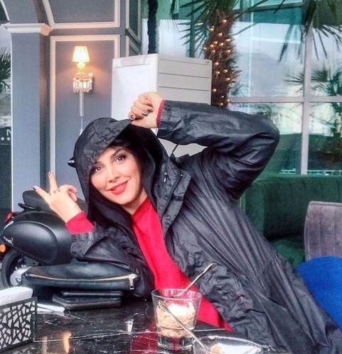 هانیه زاهد در رستورانی خاص+عکس