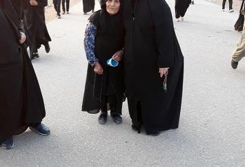 خواهر مسیح علینژاد راهی کربلا شد+عکس