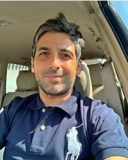 سلفی حمید گودرزی در ماشینش + عکس