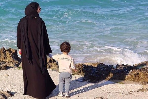 مادرانه زیبا بروفه و پسرش+عکس