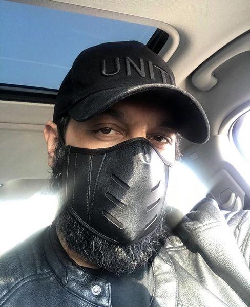 ماسک متفاوت کامران تفتی برای این روزها + عکس