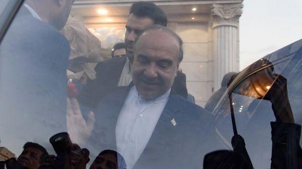 تلاش وزیر ورزش برای رهایی از استیضاح!