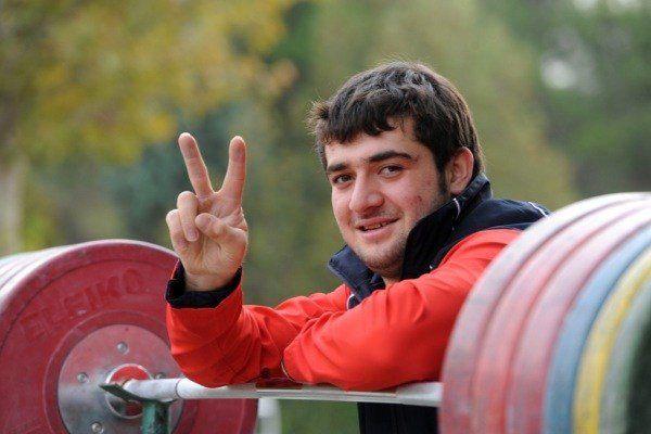 طلای المپیک لندن بر گردن محمد پور