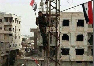 پرچم سوریه بر فراز قصیر افراشته شد