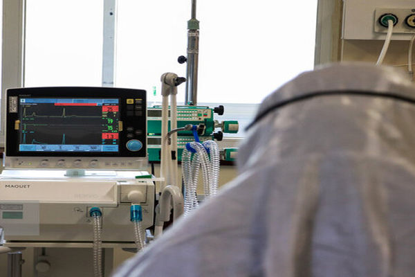 تربتجام برای بستری بیماران حاد کرونا با کمبود تخت مواجه است