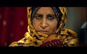 خانم بازیگر از سختی لهجه هایش در کار میگوید + عکس