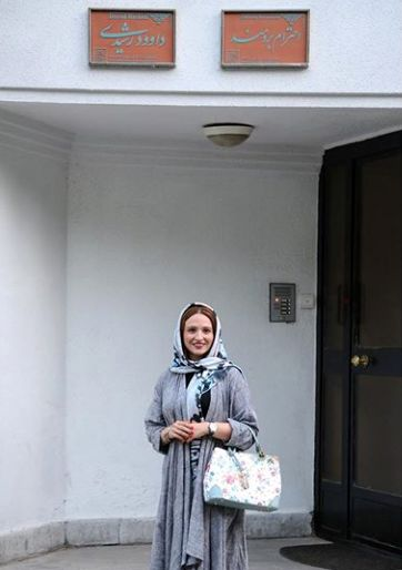 مهمان بازی گلاره عباسی در خانه پدری لیلی رشیدی+عکس