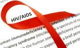 نیمی از مبتلایان به HIV در جهان تحت درمان هستند