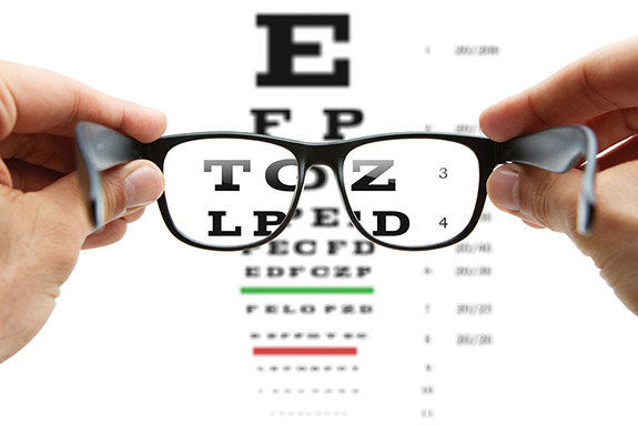 فعالیت غیرقانوی برخی عینک فروشیها