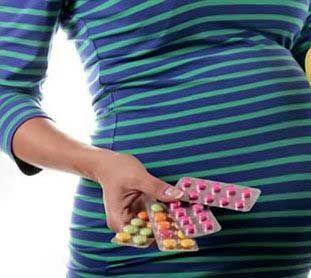 چرا اسید فولیک برای زنان واجب است؟