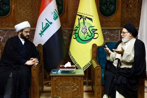 دیدار دبیرکل مقاومت اسلامی نُجَباء با نماینده مقام معظم رهبری در لبنان
