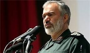علی فدوی: ملت ایران از هیچ قدرتی نمیترسد