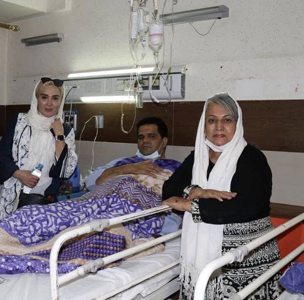 زهره فکور صبور در بیمارستان + عکس