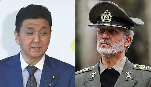 تأکید وزرای دفاع ایران و ژاپن بر لزوم گسترش همکاریهای دو جانبه