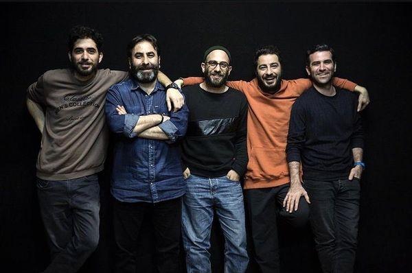 نوید محمدزاده با دوستان تئاتریش + عکس
