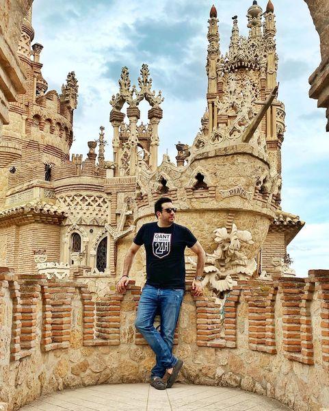 امید حاجیلی در قصری بی نظیر در اسپانیا+عکس