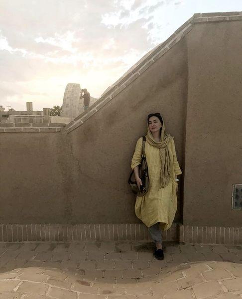 هانیه توسلی روی پشت بام + عکس