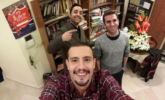 خوشحالی مسعود و مازیار بعد از سیمرغ گرفتن «حبیب» در «فوق لیسانسهها»
