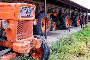 یکی از ابزارهای مهم در صیادی پره تراکتور است که پس از پایان فصل صید در پارکینگ نگهداری می شود